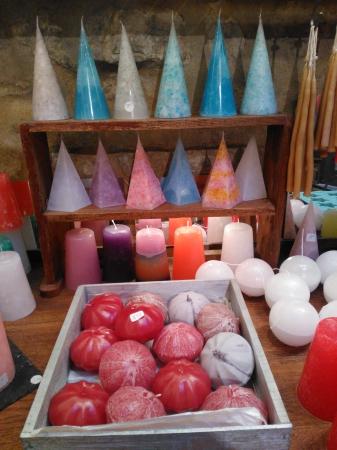 http://ceronne-creations-univers-de-bougies.hautetfort.com/media/00/00/3528668874.jpg