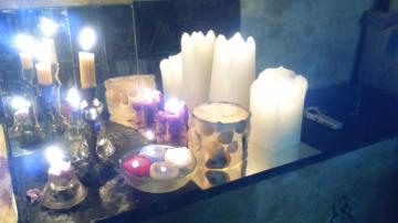 http://ceronne-creations-univers-de-bougies.hautetfort.com/media/00/00/772619160.JPG