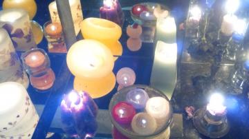 http://ceronne-creations-univers-de-bougies.hautetfort.com/media/01/00/2664712218.JPG