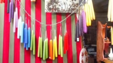 http://ceronne-creations-univers-de-bougies.hautetfort.com/media/02/00/1276552381.JPG
