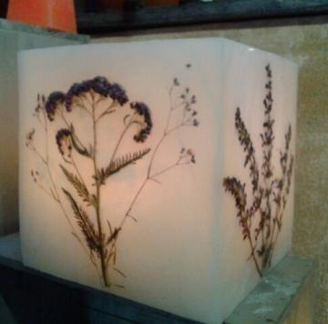 http://ceronne-creations-univers-de-bougies.hautetfort.com/media/02/01/4131605043.jpg